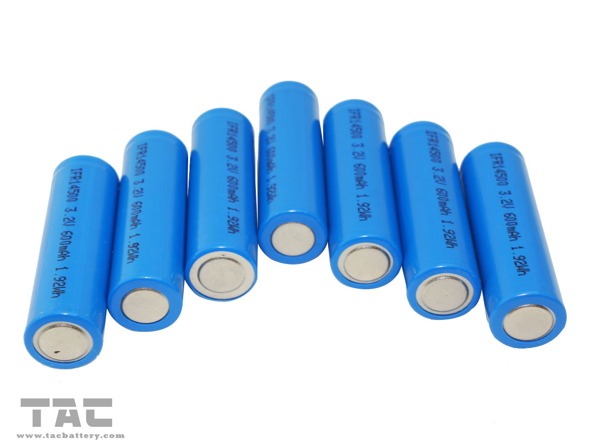 Super Long Lifespan 3.0V / 3.2V Led Flashlight AA Batteries with Low self-discharge rate